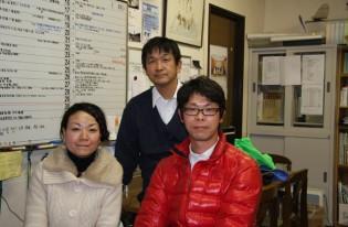 5日間のヨット・クルーズに参加した卒塾生が、結婚の報告に来てくれました。
