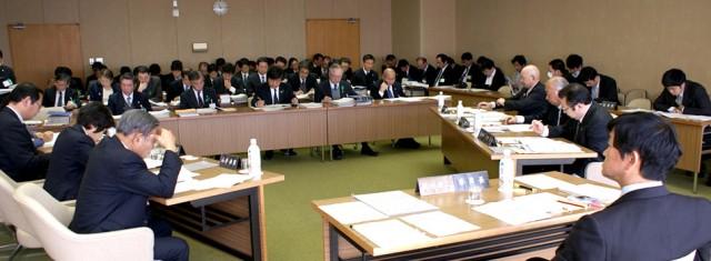 県議会議員として2期目。最後の文教警察委員会が無事、終わりました。